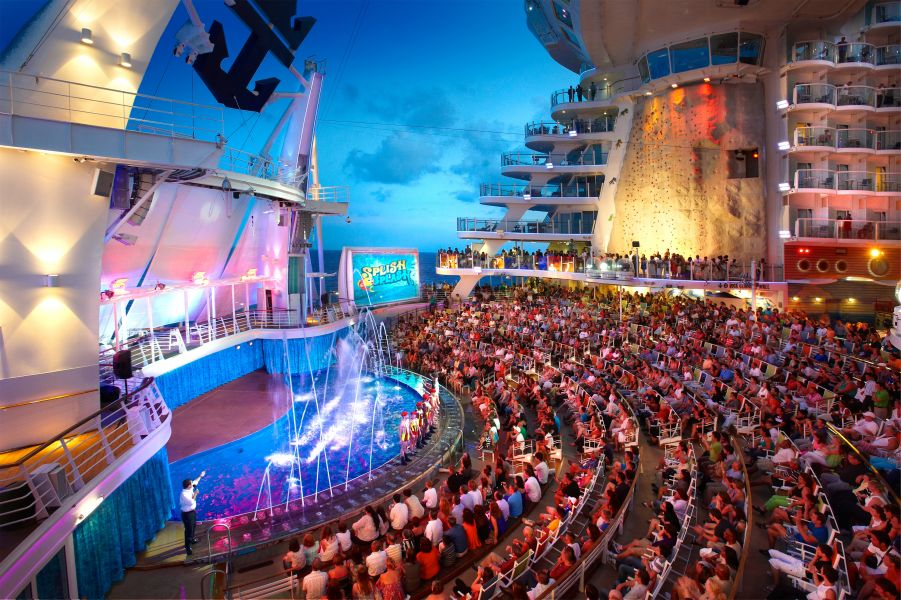 Harmony of the Seas-entertaiment-AquaTheatre