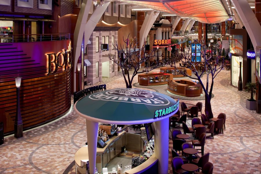 Harmony of the Seas-entertaiment-Royal Promenade