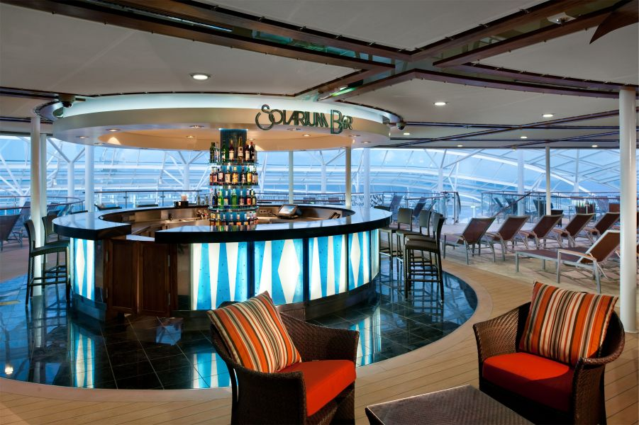 Harmony of the Seas-entertaiment-Solarium Bar