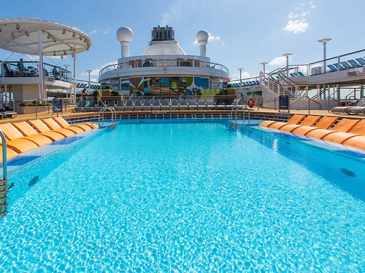 Harmony of the Seas-health-and-fitness-Swimming Pools