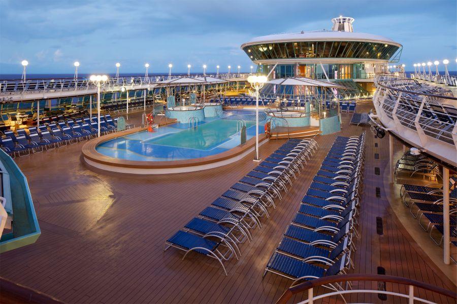 Liberty of the Seas-entertainment-