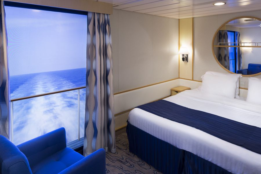 Symphony of the Seas-stateroom-