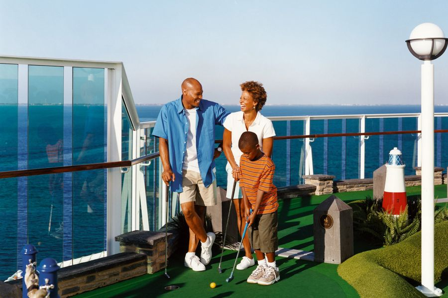 Symphony of the Seas-health-and-fitness-