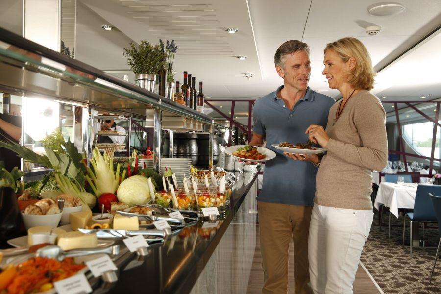 Scenic Jasper-dining-