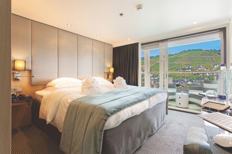 Scenic Sapphire-stateroom-