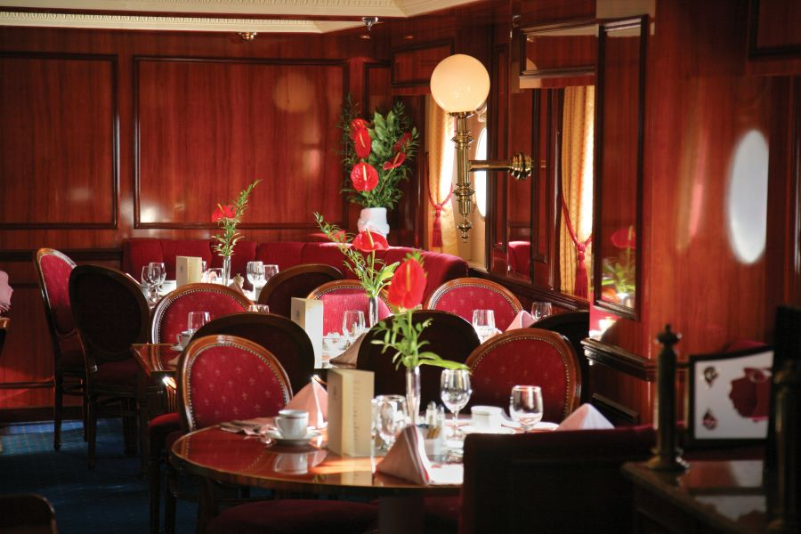 Royal Clipper-dining-