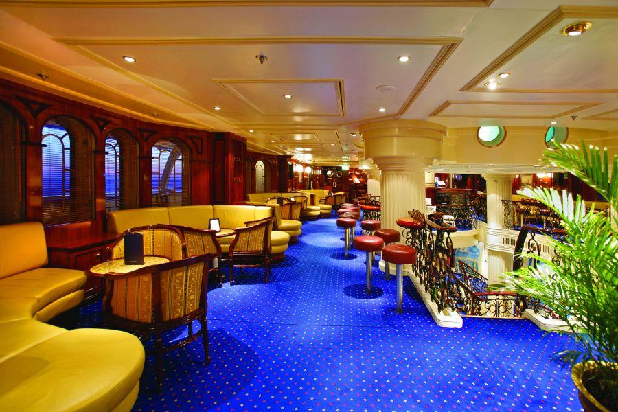 Royal Clipper-entertainment-