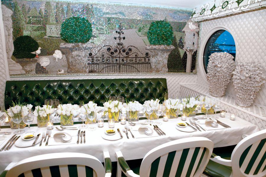 S.S. Antoinette-dining-